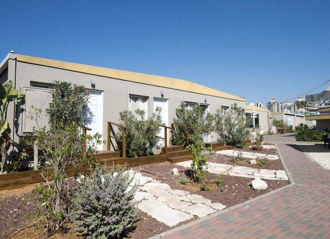 Отель Q Village - Poleg Beach