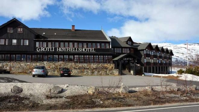 Grotli Hhoyfjellshotell - традиционный пансон в горах
