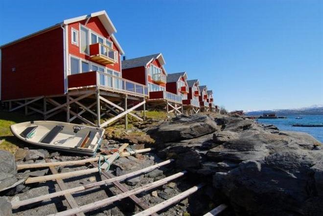 Malangen Rorbu - отель в традиционных рыбацких хижинах