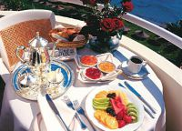 Завтрак в отеле Alexander The Great