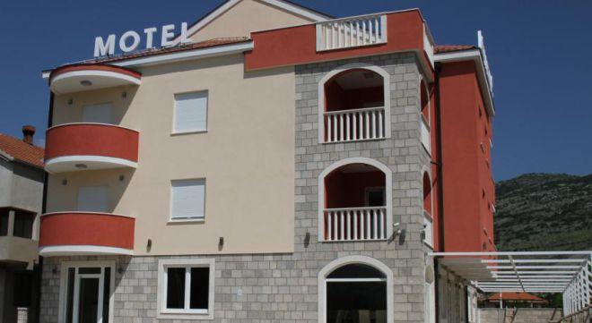 Мотель Aćimović