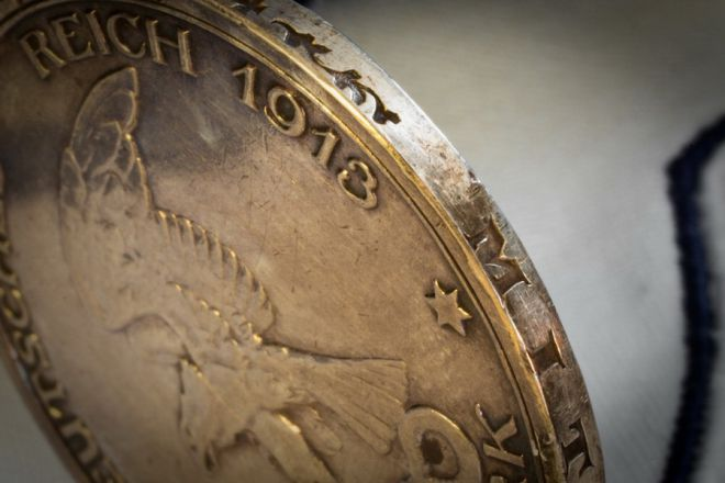 как чистить латунные монеты
