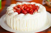 как украсить торт сливками 1
