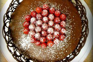 Как красиво украсить торт шоколадом 4