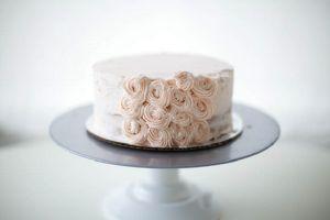 Как красиво украсить торт кремом в домашних условиях 2