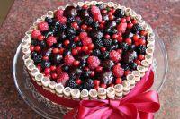 как украсить торт замороженными фруктами 1