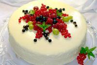 как украсить торт замороженными фруктами 2