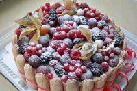 как украсить торт замороженными фруктами 6