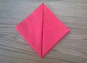 Како преклопити папирне салвете за служење 18