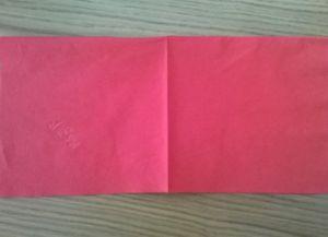 Како преклопити папирне салвете за табелу 1