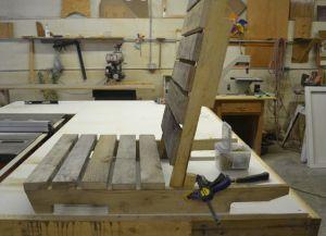 Jak si vyrobit lehátko ze dřeva s vlastními rukama 5