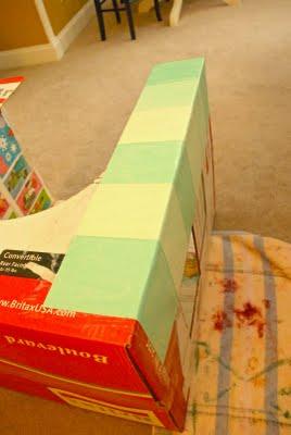 kako narediti hišo iz škatle8