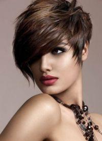 Волуменске фризуре за кратку косу 3