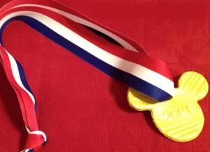 Jak zrobić medal własnymi rękami15