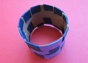 Како направити прстен од папира9