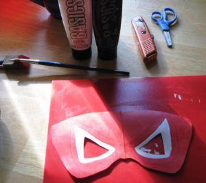 Jak zrobić maskę Spiderman1