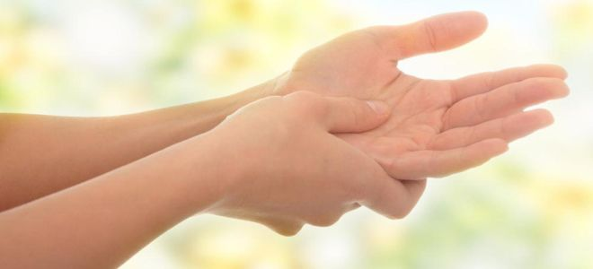 заноза в пальце