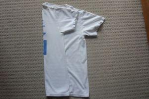 jak szybko złożyć t-shirt2