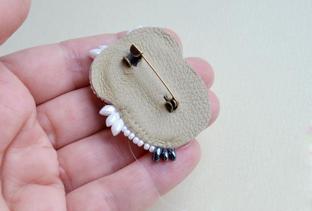 jak haftować na koralikach23