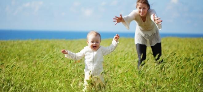 kako poučevati otroka, da sami hodi brez podpore