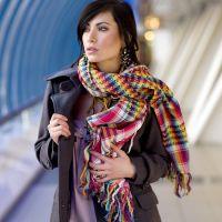 Како везати шал на капуту 5