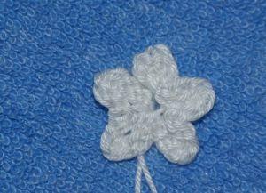 Jak robić na drutach legginsy za pomocą igieł dziewiarskich 24
