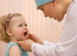 Nego širenje stomatitisa u usta kod djeteta