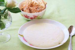 jak vařit krupici v mléce pro dítě