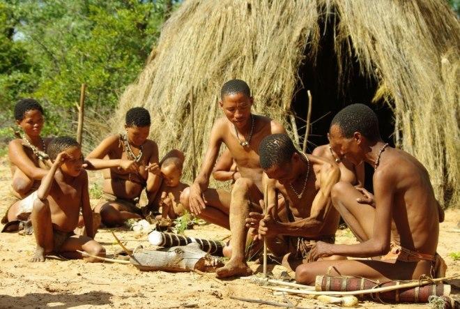 Жители деревни бушменов Grashoek в Намибии