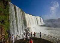 Смотровая площадка возле водопадов Игуасу