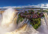 Величественность водопадов Игуасу