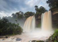 Водопады Игуасу и вечнозеленая природа