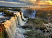 Водопады Игуасу на закате