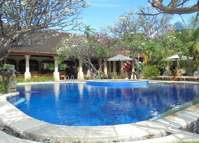 4-звездочный отель Arya Amed Beach Resort, Индонезия