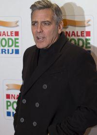 Джордж Клуни прокомментировал слухи о беременности жены