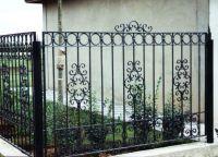 гвоздена ограда 6