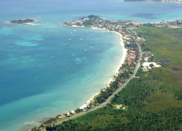 Севен-Майл-Бич - один из нудистских пляжей