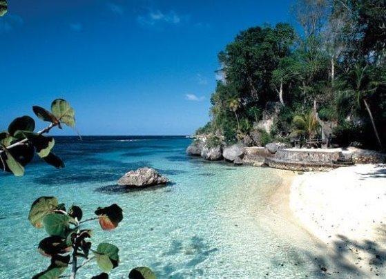 Пляж Джеймса Бонда