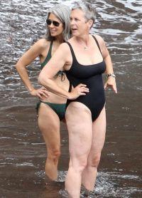и сегодня Джейми Ли Кертис не стесняется своего тела