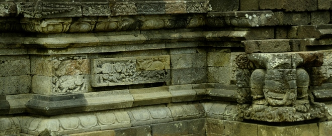Храм Суравана