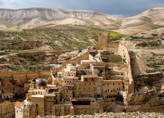Иерусалим - город, полный древних памятников архитектуры
