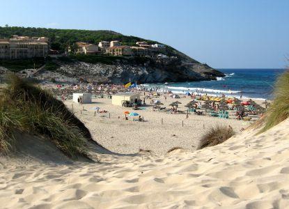 Пляж в Кала Мескида