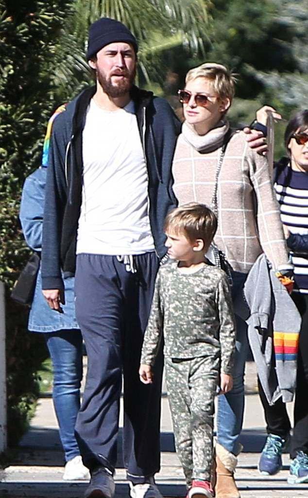 Кейт Хадсон с Дэнни Фудзикавой и младшим сыном