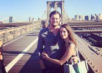 После свадьбы Кая Скоделарио и Бенджамин Уокер проживают вместе в Бруклине