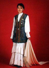 Казахстанска национална одећа 1