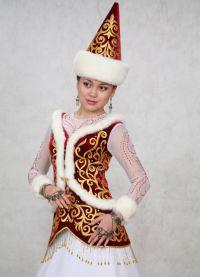 национална одјећа у Казахији 9