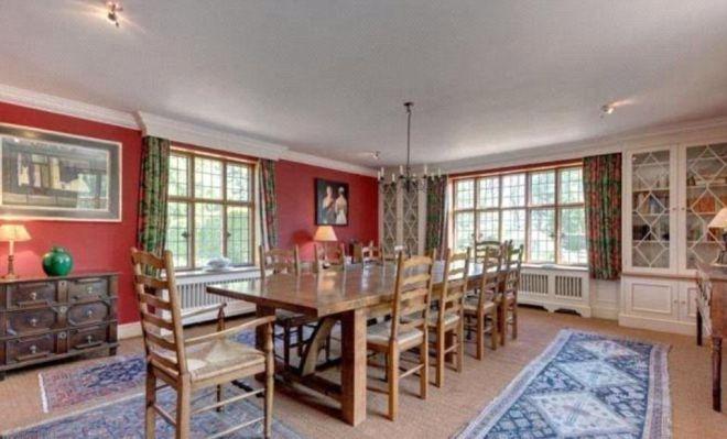 Столовая в доме Кита Харингтона и Роуз Лесли