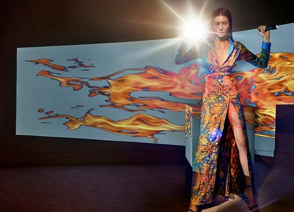 Изабели Фонтана представила коллекцию бренда LaPerla