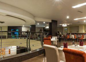 Ресторан в отеле Acacia Premier Hotel