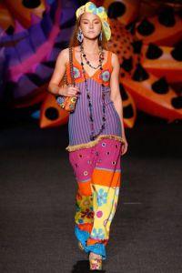 Выход Девон Аоки закрывал модное дефиле